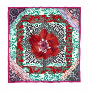AW15M5 Classic Silk sq €125 Susannagh Grogan - Red andGreen