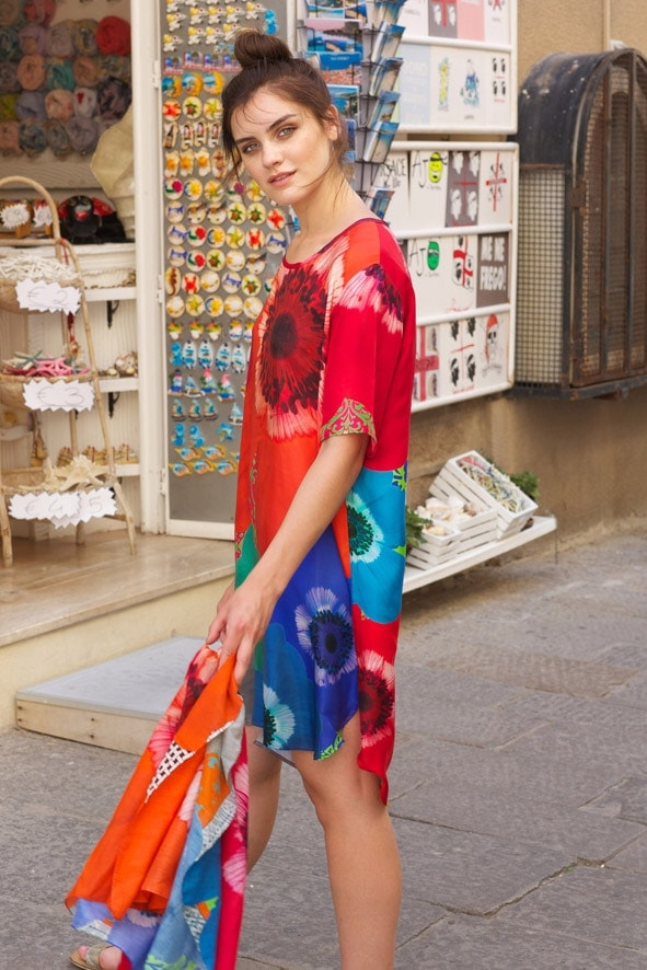 Susannagh Grogan Scarf Tunic 'Floral Burst' Photo: Emily Quinn